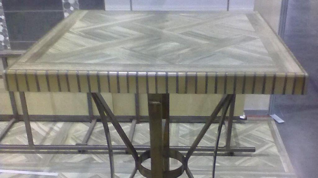 Table de jardin imitation marbre - CEMATABLE